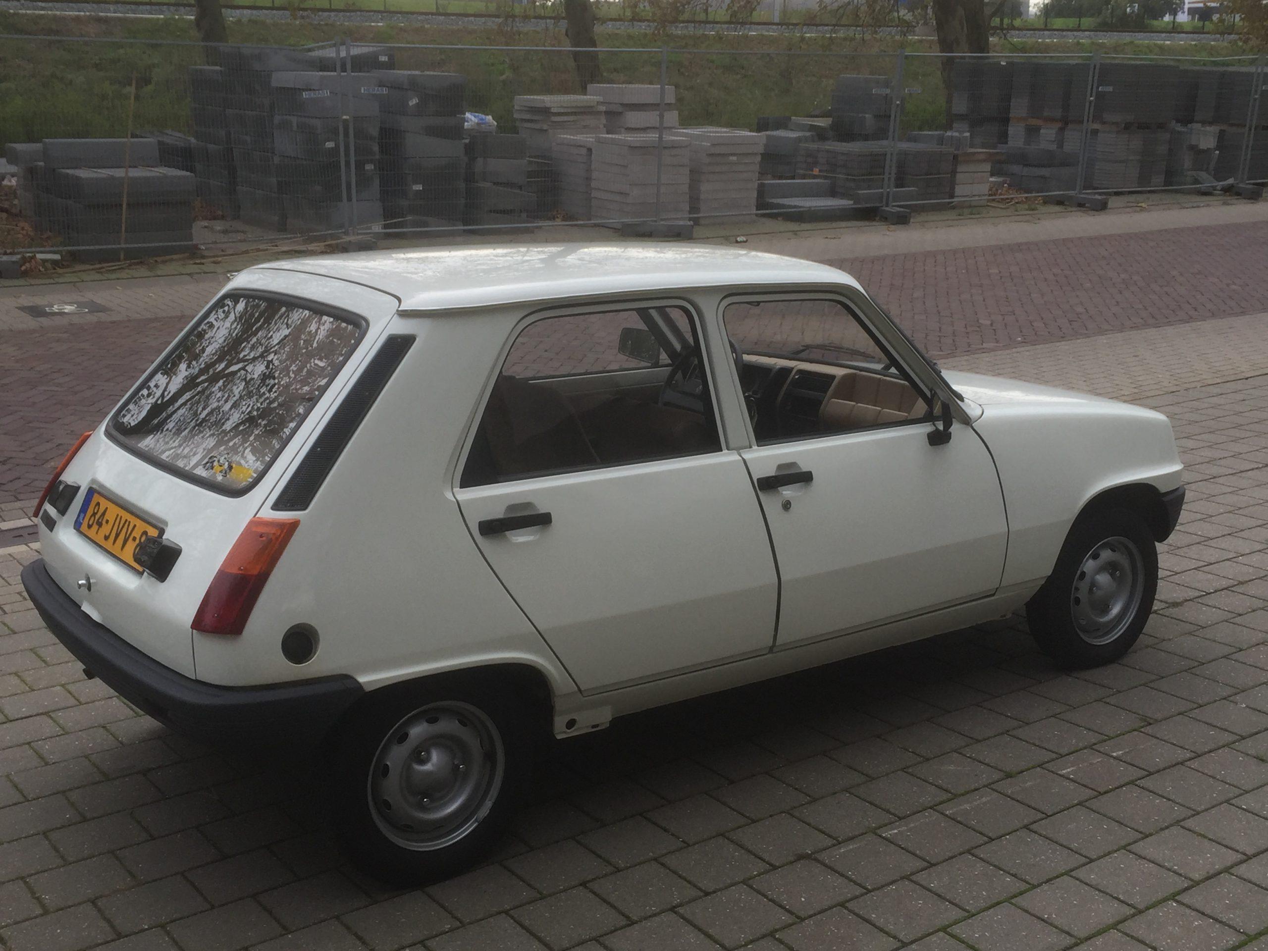 Renault R5