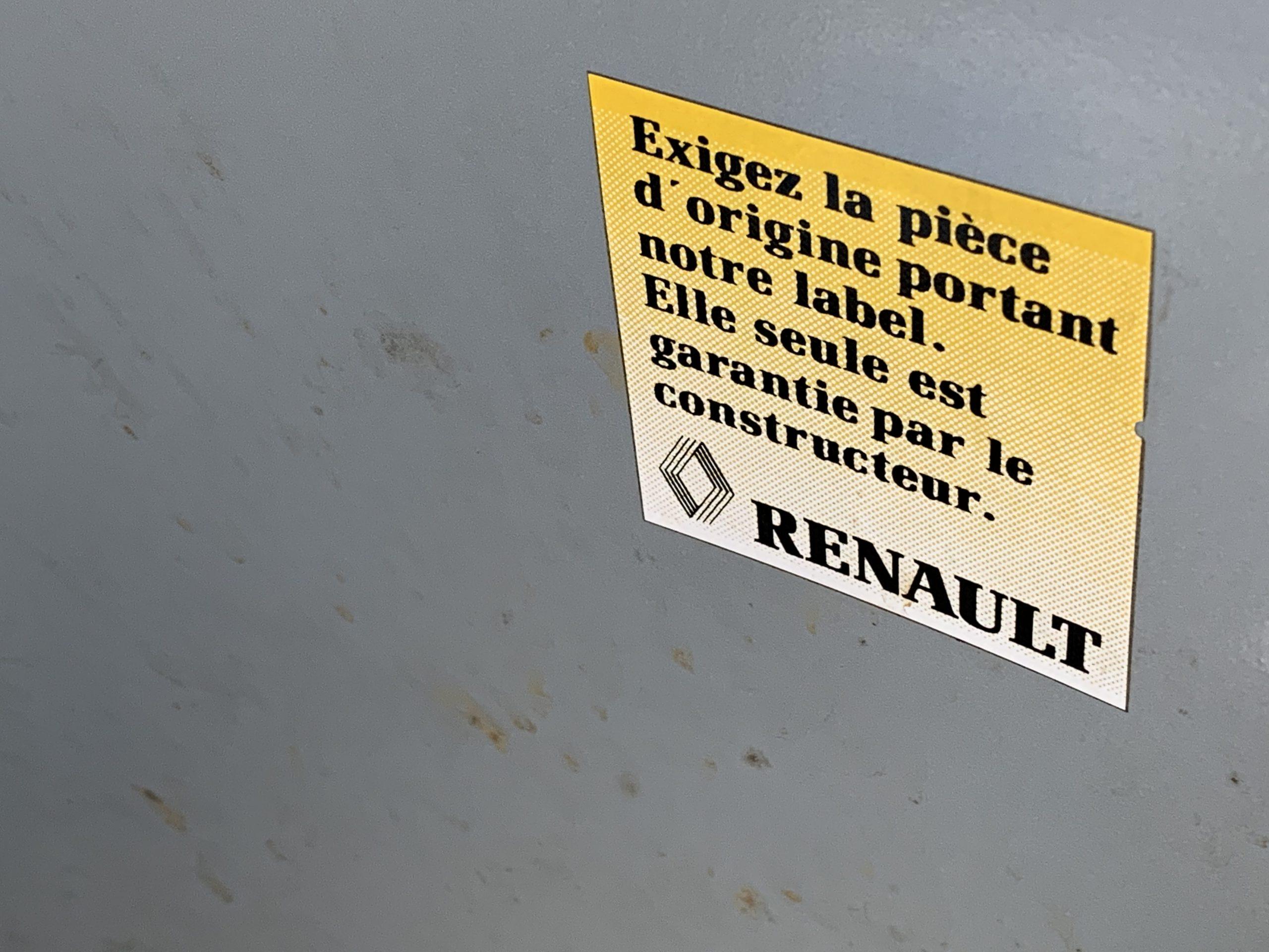 Renault R4GTL Bye-Bye